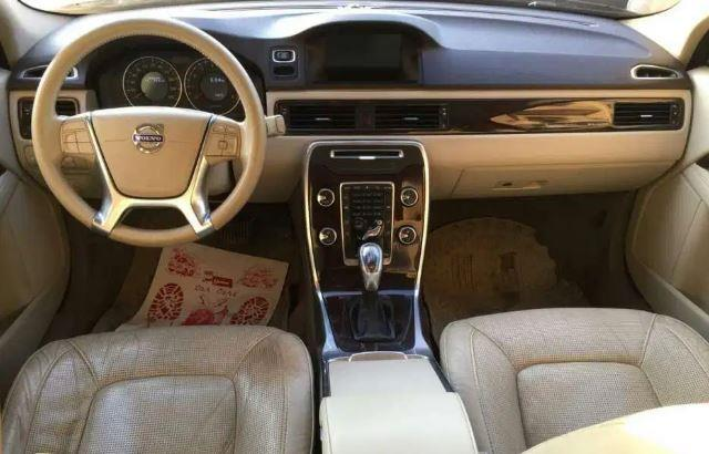 فولفو S80 2012